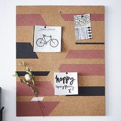 Cork Board Ideas For Bedroom, Painel Home, Butterfly Project, Office Organization At Work, Photo Deco, Cool Office Space, Creation Deco, Cork Crafts, Home Office Decor
