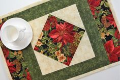 Christmas Quilted Placemats - Set of 4 Quilted Placemat Patterns, Fall Placemats, Christmas Placemats, Table Runner And Placemats, Quilted Table Runners, Christmas Sewing, Quilt Patterns, Christmas Crafts, Christmas Mug Rugs