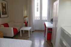 Garrigues. Cozy room in Valencia city center.