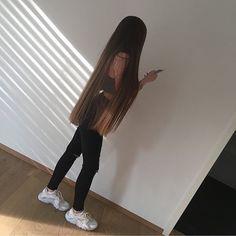 Long or short hair? ❤️