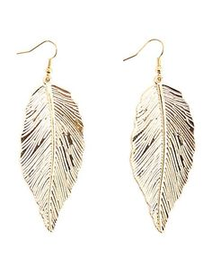 Dangling Etched Feather Earrings #charlotterusse #charlottelook
