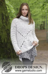 1c3cdb13f54 Relax   DROPS - Sweater with lace pattern and high collar