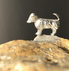 Silver dog Drawer, Lion Sculpture, Plush, Ceramics, Statue, Dogs, Silver, Jewelry, Art