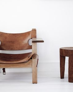 leather chair! Gorgeous - check out our leathers boards - our leathers would be perfect for this look - www.whatnot.co.za