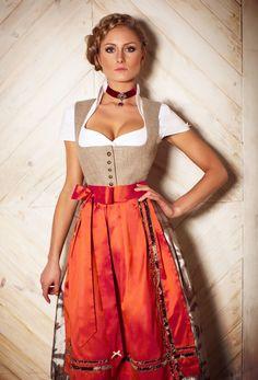 AlpenHerz ♥ Dirdnl -extravagantes Dirndl von der Dirdnlmanufaktur #Alpenherz aus…