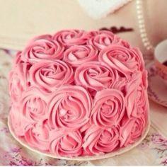 Bolo de aniversário de rosas pink! Muito lindo!
