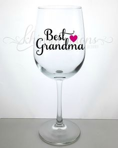 Grandma Wine Glass, Grandma Gifts, Grandma Mug, Grandma Cup, Grandma Coffee Cup, Grandma Birthday, Gift for Grandma, Best Grandma Ever, Grandparent Gifts, Grandma Est 2017, Grandma to be. This wine glass makes a great elegant gift for any occasion. You will receive one wine glass with this purchase. The wine glass is clear glass, and can hold 18.5 oz. The wording is done with high quality vinyl. Hand-wash only is recommended. Allow slight variations due to the item being handmade and…