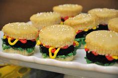 Cupcakes de cangreburgers para fiesta de #BobEsponja
