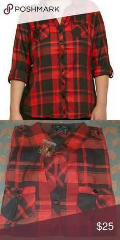 Plaid shirt top NWT Plus size plaid top with ribbed insets, 3/4 sleeves. Material is 60%cotton 35%poly and 5%spandex. Tops Button Down Shirts
