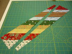 north winds quilting: Circle Wedge Tree Skirt, Part 2 Diy Quilted Christmas Tree, Quilted Table Runners Christmas, Diy Christmas Tree Skirt, Xmas Tree Skirts, Christmas Tree Skirts Patterns, Tree Patterns, Christmas Train, Christmas Things, Crochet Christmas