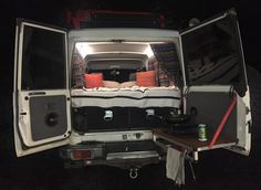 Survival camping tips Suv Camper, Off Road Camper, Camper Van, Top Tents, Roof Top Tent, Land Cruiser 70 Series, Car Mods, Survival, Camping Hacks