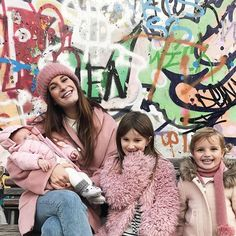 So much in this picture : Exactly 2 weeks ago in with my and my 💘 Love my girls ! I Love Girls, My Love, Godchild, Thessaloniki, My Girl, Photo And Video, My Style, Daughters, Pictures