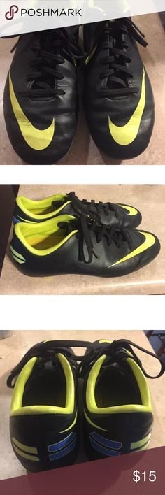 ⚽️Nike⚽️ Mercurial soccer cleats Youth size 4 Black and lime Nike youth soccer cleats worn one season Nike Shoes Athletic Shoes