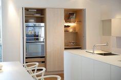 Küche in U-Form klein-graue-fronten-wandfliesen-arbeitsplatte ... | {Arbeitsplatte steinoptik 11}