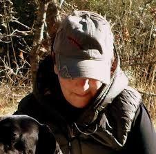 Αποτέλεσμα εικόνας για κυνηγο-τεχνηματα Pyrography, Riding Helmets, Wayfarer, Georgia, Baseball Hats, Mens Sunglasses, Style, Swag, Baseball Caps