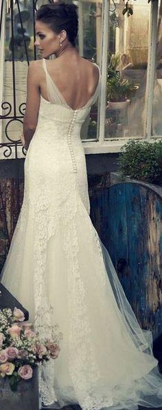 Lazaro bridal collection