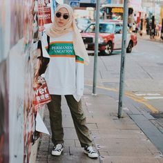 @strngrrr Casual Hijab Outfit, Casual Dresses, Casual Outfits, Fashion Pants, Girl Fashion, Fashion Outfits, Womens Fashion, Muslim Girls, Muslim Women