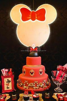 Bolo Festa Minnie Vermelha da Maria Clara