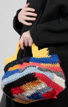 bucket shaped bag in wool and crocheted ribbons - 195