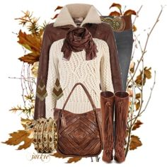 This is my DREAM AUTUMN outfit. As always: bag, scarf and I add boots to the list of must-haves!