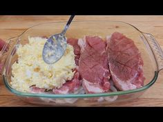lahodný recept na maso, 10 minut práce a hotová nádherná večeře # 245 - YouTube Potato Recipes, Pork Recipes, Cooking Recipes, Cafeteria Food, Pork Dishes, Pork Chops, Food Videos, Food And Drink, Beef
