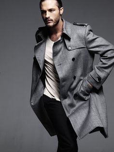 a stylish man's life - fashion - stylish men - gray trenchcoat Fashion Moda, Look Fashion, Mens Fashion, Fashion Menswear, Sharp Dressed Man, Well Dressed Men, Gentleman Style, Stylish Men, Men Dress