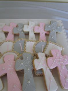 First Communion/Baptism Cookies Première Communion, First Communion Party, Communion Cakes, Baptism Party, First Holy Communion, Baptism Ideas, Baby Cookies, Baby Shower Cookies, Easter Cookies