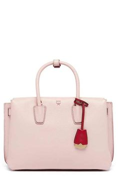 d719e110c0a92 MCM  Medium Milla  Leather Tote Outfit Ideen