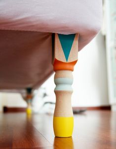 #DIY for the home: paint your bed legs in fun patterns! #designeveryday