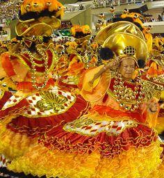 São Clemente Baianas Carnaval 2012 destaque Desfile Sambódromo Rio de Janeiro Carnival Carioca Brazil Brasil samba Marquês de Sapucaí Segunda by SeLuSaVa, via Flickr