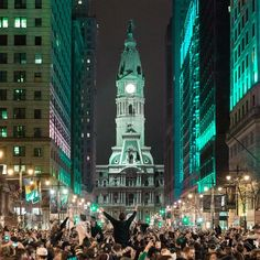 ca2b2938b The 15 Most Majestic Photos of Philly In All Its Eagles Glory Last Night –  Philadelphia Magazine