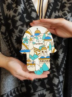 Hand painted hamsa filled with Jerusalem spirit! Perfect Passover, Roshashanah gift or gift for Jewish wedding or housewarming! Colored Pencil Portrait, Hebrew School, Palestinian Embroidery, Mosaic Pictures, Jewish Gifts, Hand Of Fatima, Unique Wall Decor, Jewish Art, Pencil Art Drawings