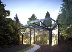 #DesignPinThurs Barrier-free entry makes greenhouse #visitable & #inclusive for all. Greenhouse at Gruningen Botanical Garden by Buehrer Wuest Architekten 1