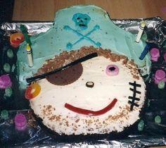 decorating pirate birthday cake