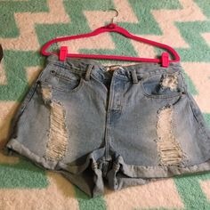 Forever21 destiny Jean high wasited shorts size 31 Forever21 destiny Jean high wasited shorts size 31 Forever 21 Shorts Jean Shorts