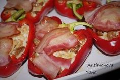 Сногсшибательное блюдо — Сладкий перец, фаршированный куриным филе с грибами и беконом