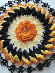 ~ Trick or Treat ~ crochet doily Crochet Dollies, Crochet Potholders, Crochet Doily Patterns, Crochet Mandala, Thread Crochet, Crochet Motif, Crochet Yarn, Crochet Flowers, Crochet Stitches
