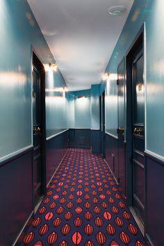Un couloir de l'Hôtel Grand Amour