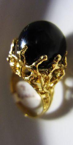 Rare Vintage 1960's Hawaii Black Coral Ring