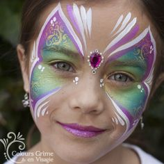 Stencil in gold Girl Face Painting, Face Painting Designs, Painting For Kids, Body Painting, Face Paintings, Halloween Kids, Halloween Costumes, Butterfly Birthday Party, Face And Body
