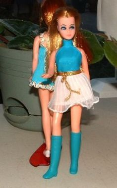 i loved my dawn dolls. the early dress and boots are great! Sweet Memories, Childhood Memories, Rock Flowers, Dawn Dolls, 70's Style, 70s Fashion, Vintage Dolls, Doll Clothes, 1970s