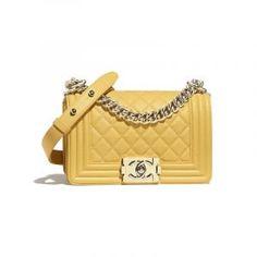 31d357b6c7b5 Chanel Boy Bag Small, Sac Boy, Big Purses, Chanel Handbags, Fall Handbags