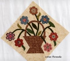 Loose Threads: Hexagon Flower Basket