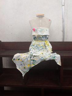 Um vestido do Brasil feito por Yolanda, Julia, Paola e Dora!!!!!!