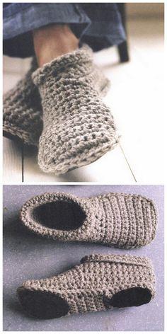 Kostenloses Muster für gehäkelte Slipper (englisch)  Korrekter Link: http://www.smpcraft.com/free-projects/freebie-friday-cozy-crocheted-slipper-boots/  Anleitung als PDF: http://www.smpcraft.com/wp-content/uploads/2013/10/slipper-boots.pdf