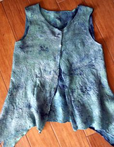 blue ocean vest made by Jeannette Siegel Wool Felting, Nuno Felting, Industrial Revolution, Felt Art, Vest Jacket, Textile Art, Wearable Art, Tapas, Villa