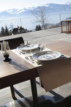 Club Med Villars-sur-Ollon, Suisse Destination Soleil, Suites, Club, Resorts, Html, Restaurants, Dining Table, Furniture, Food
