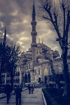 """islamic-art-and-quotes: """"Sultan Ahmed Mosque (Blue Mosque) in Istanbul, Turkey Originally found on: amanaboutworld """" Blue Mosque Turkey, Sultan Ahmed Mosque, Blue Mosque Istanbul, Hagia Sophia, Grand Mosque, Islamic Architecture, Dream City, Beautiful Places In The World, Place Of Worship"""