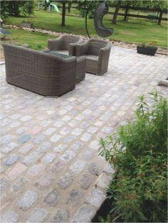 backyard designs – Gardening Ideas, Tips & Techniques French Courtyard, Pose, Paver Walkway, Backyard Makeover, Paths, Terrace, Exterior, Outdoor Decor, Home Decor