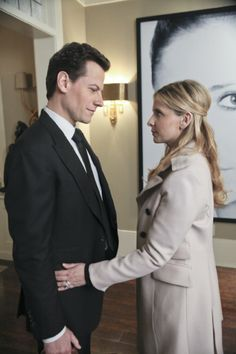 Still of Sarah Michelle Gellar and Ioan Gruffudd in Ringer. I'm still not over this show getting canceled.